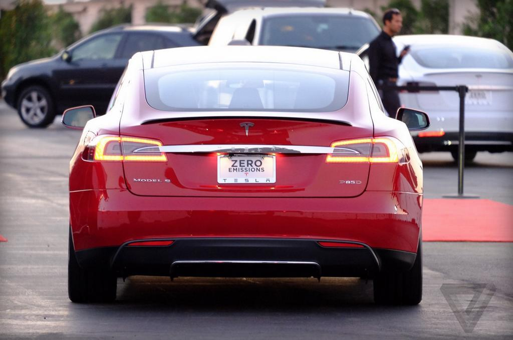 Photo of Tesla Model S P85D