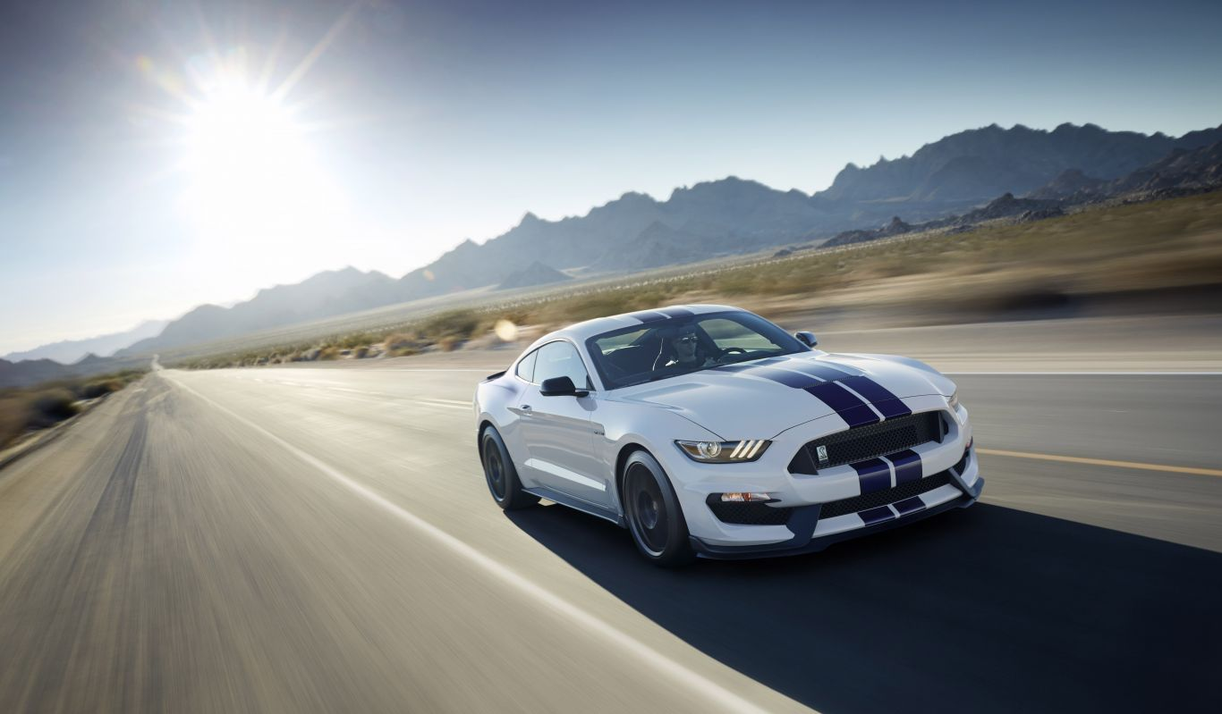 Photo of 500 beygirlik Shelby GT350