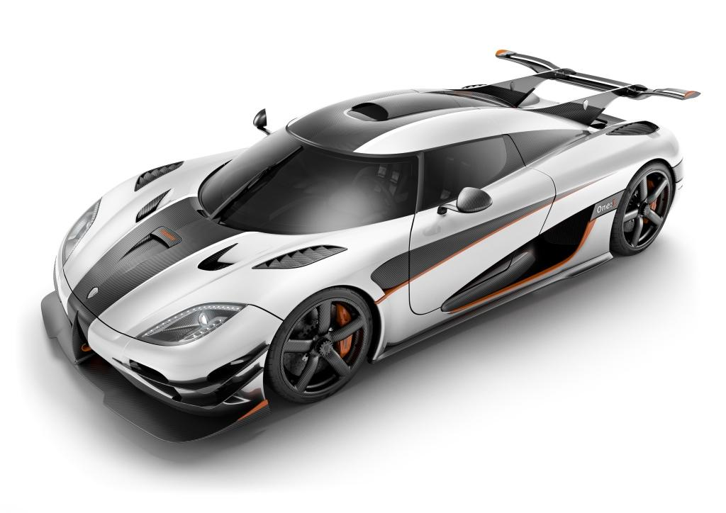 Photo of Koenigsegg Agera-R ve One:1 ile Nürburgring'i fethedecek