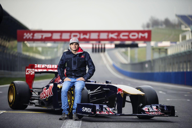 Photo of Scuderia Toro Rosso'nun yeni ismi Carlos Sainz'a ilk röportaj