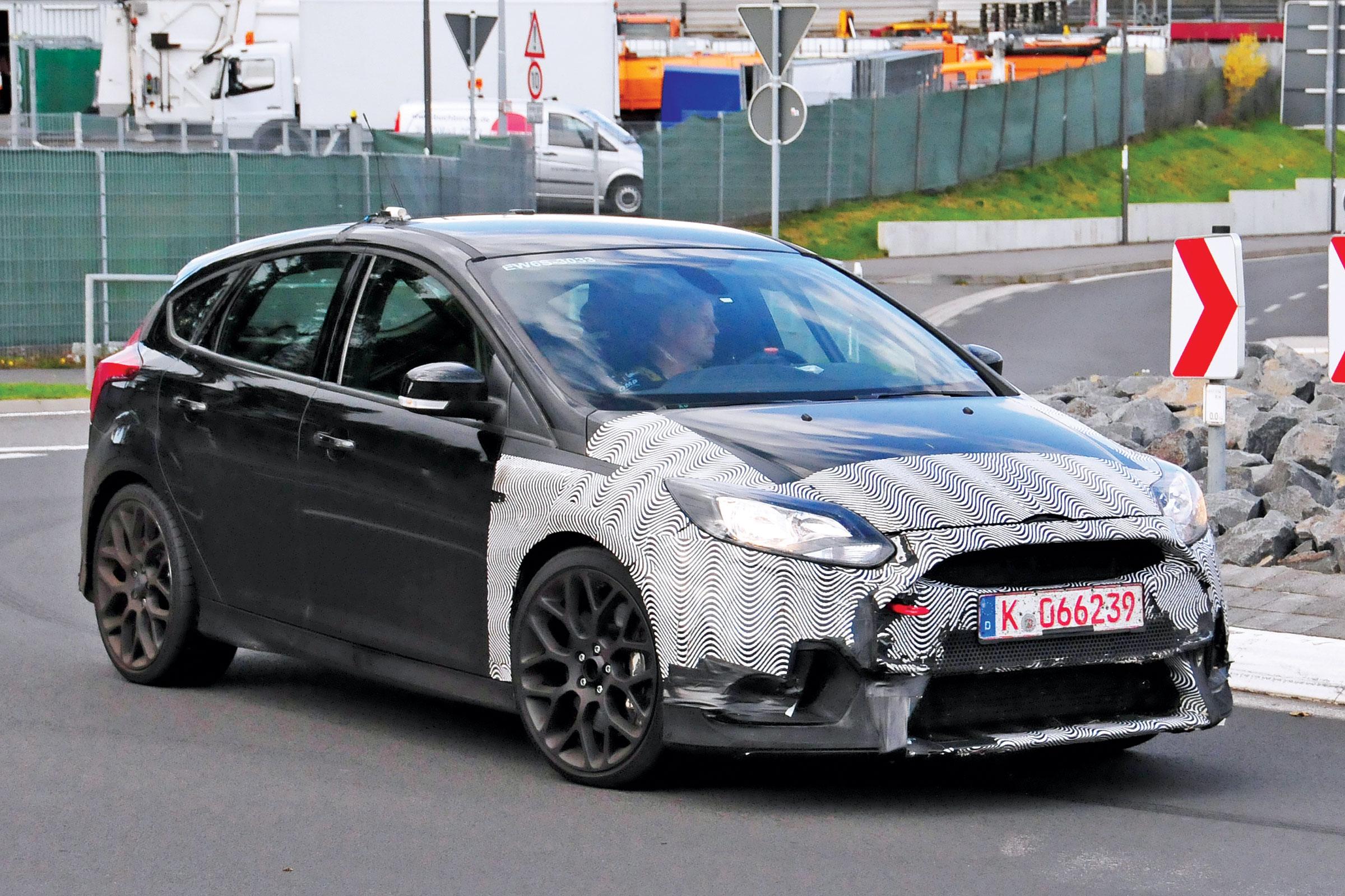Photo of Yeni Ford Focus RS resmi olarak doğrulandı
