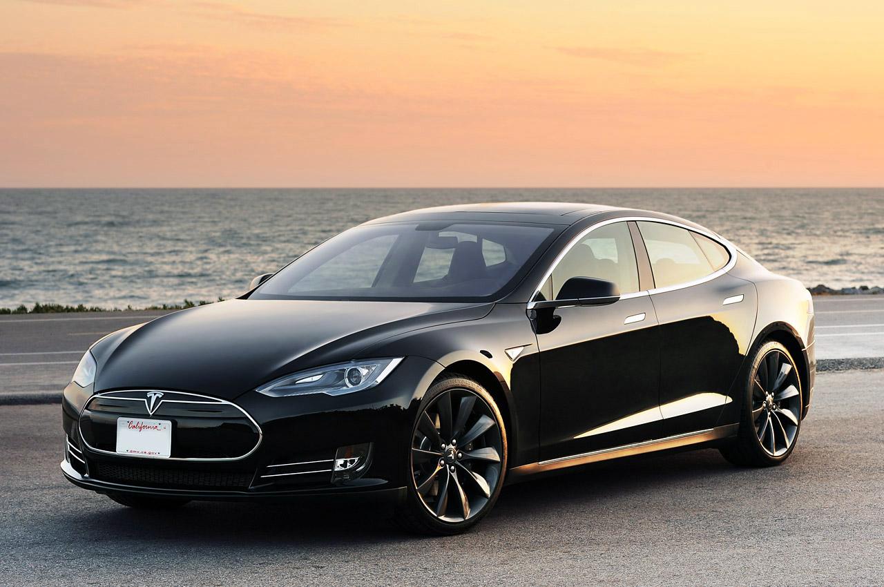Photo of Tesla Model S'e yeni özellikler eklendi