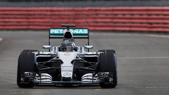 Photo of Mercedes ilk testlerini tamamladı