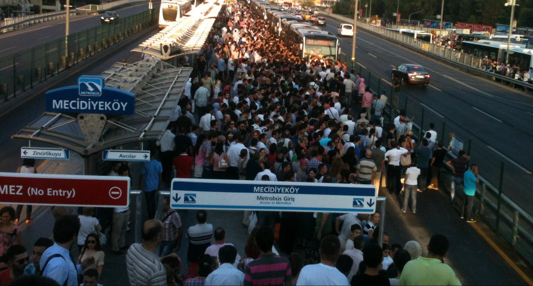 Photo of İstanbul'da rakamlarla trafik çilesi