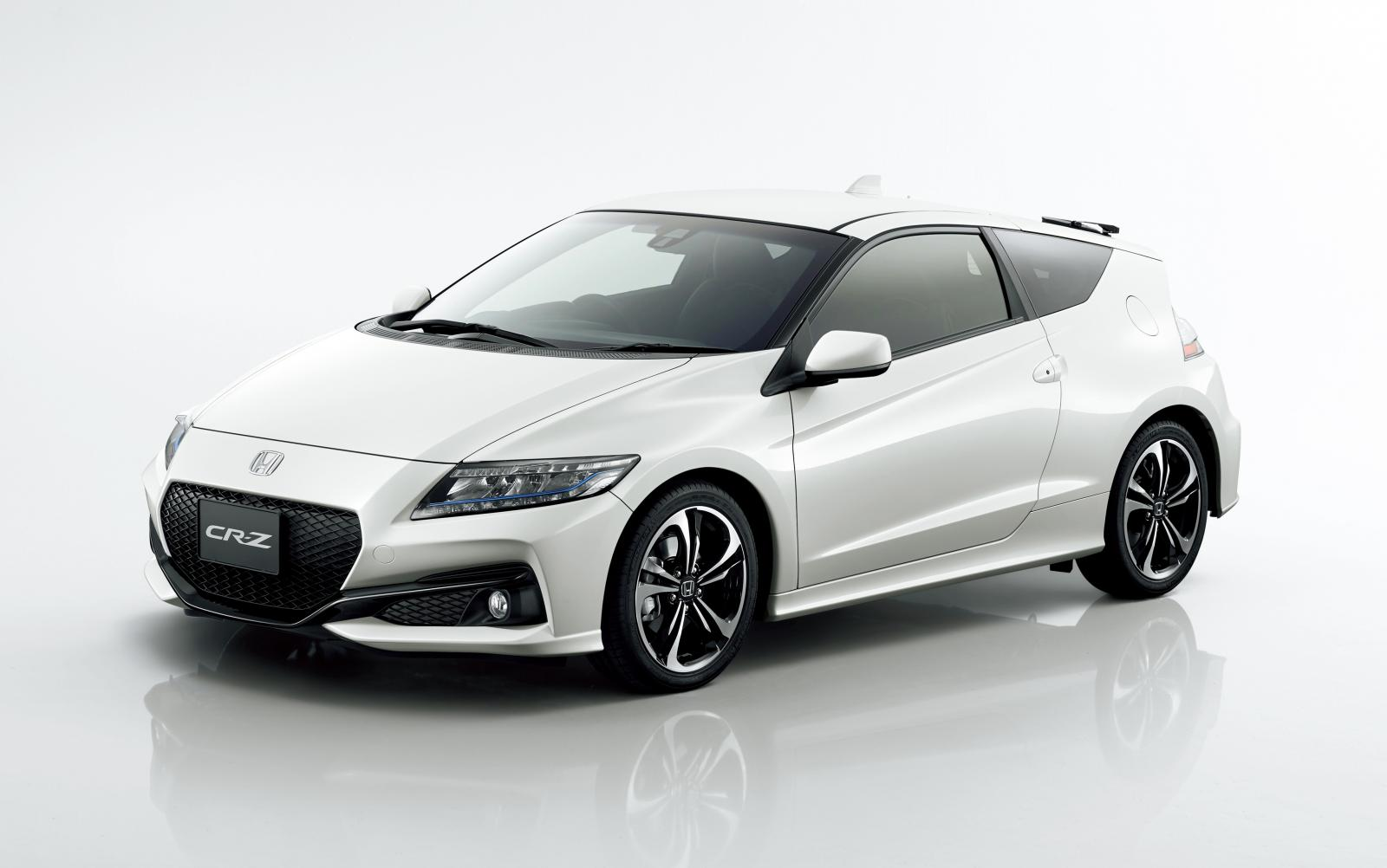 Photo of Honda CR-Z makyajlandı