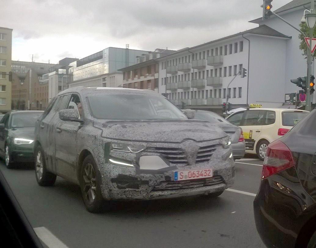 Photo of Renault Koleos ağır kamuflajla yakalandı