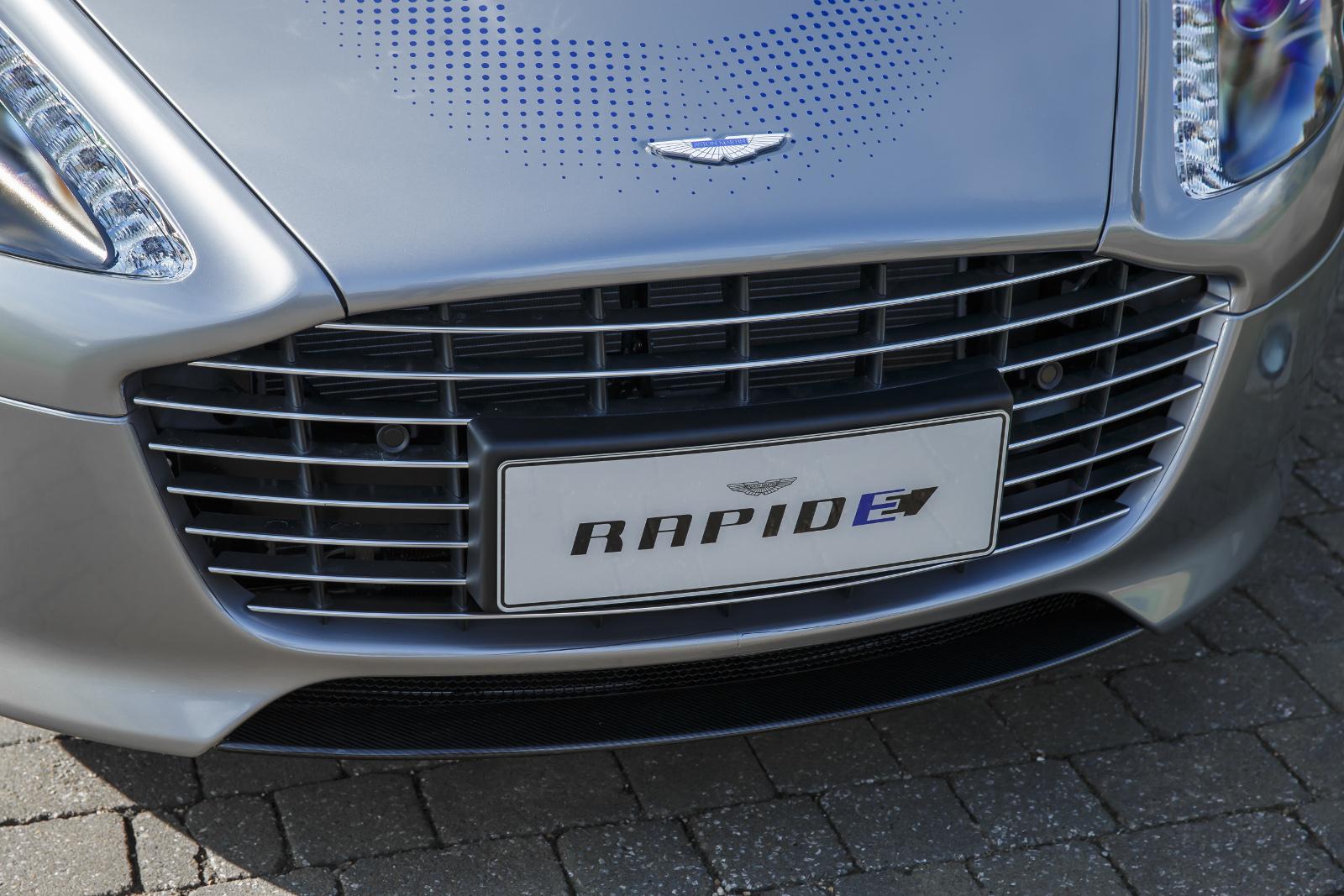Photo of Aston Martin RapidE ile tanışın