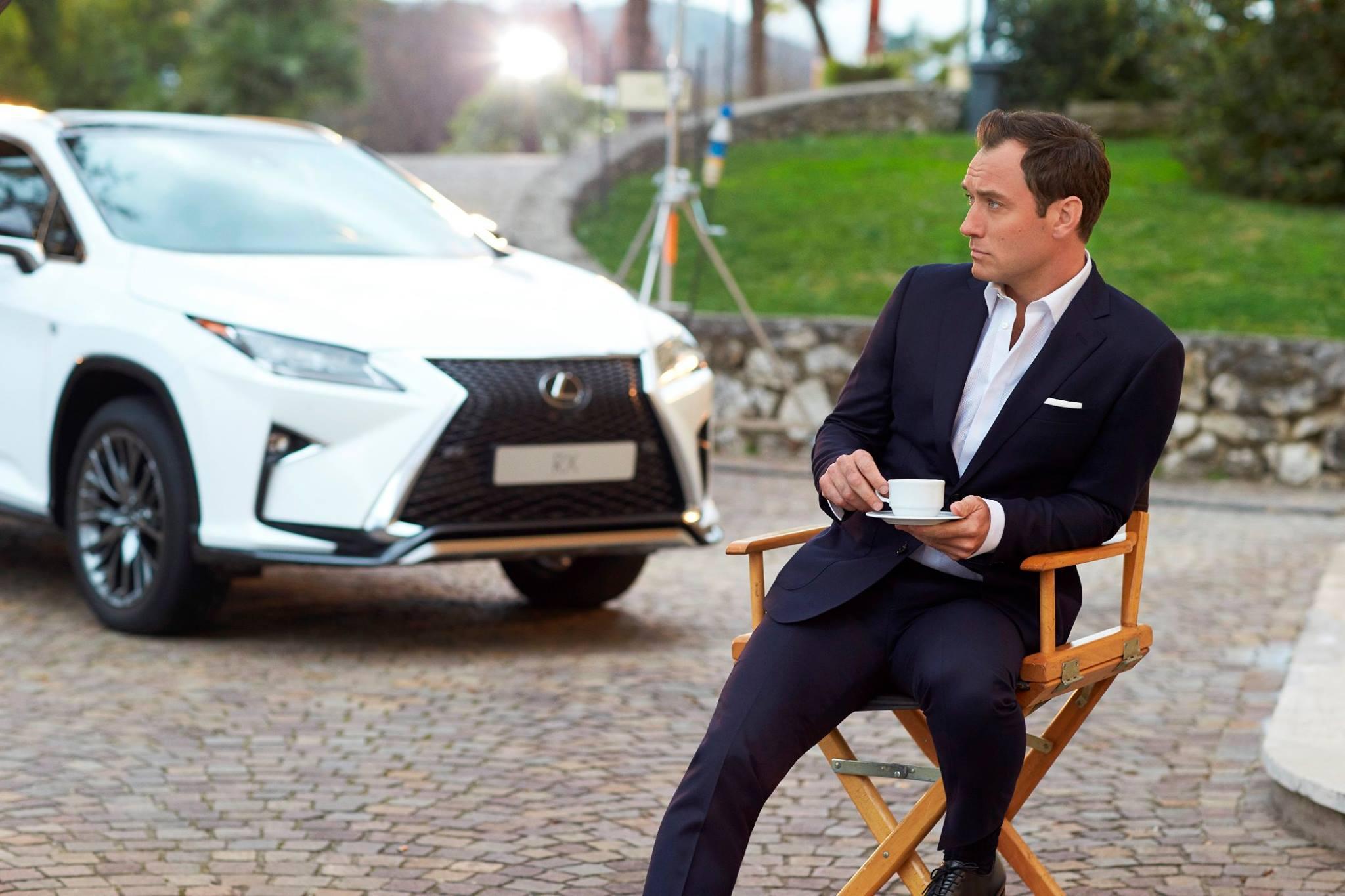 Photo of Yeni Lexus RX'in reklam yıldızı: Jude Law