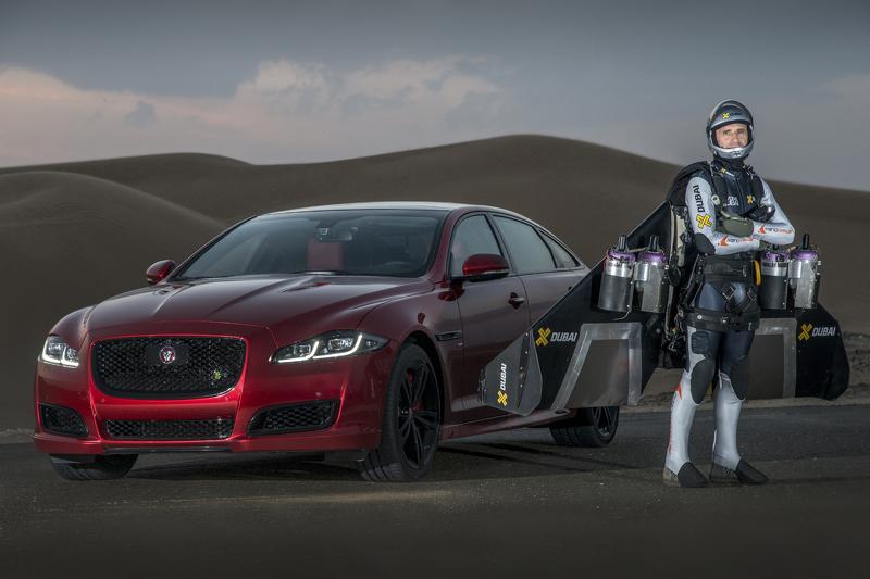 Photo of Jaguar XJR limitleri zorluyor