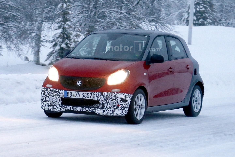 Photo of Smart ForTwo ve ForFour kış testinde yakalandı!