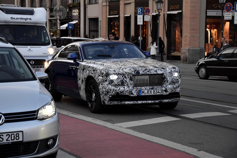 Photo of Rolls-Royce Wraith'i makyajlıyor!