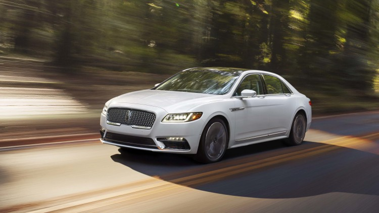 Photo of Tamamiyle yeni Lincoln Continental