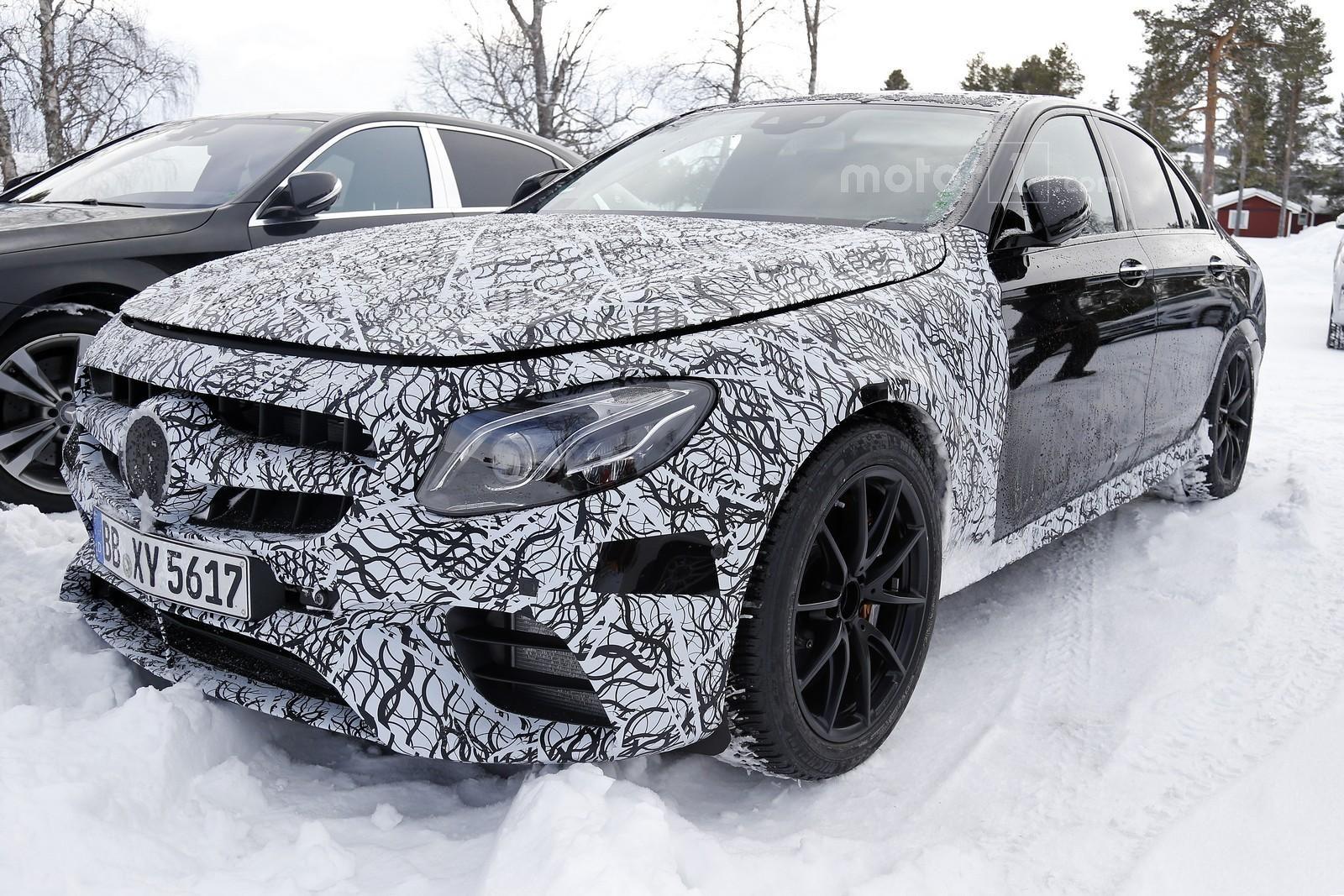 Photo of Mercedes-AMG E63 ile yakın temas