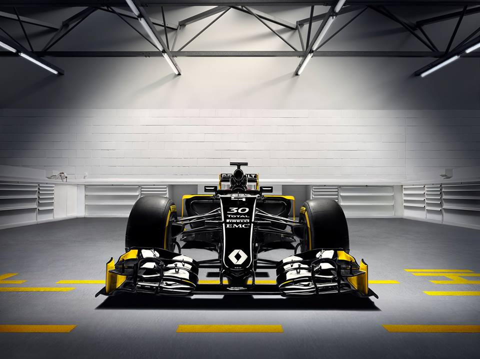 Photo of Renault yeni motor sporları planını açıklıyor
