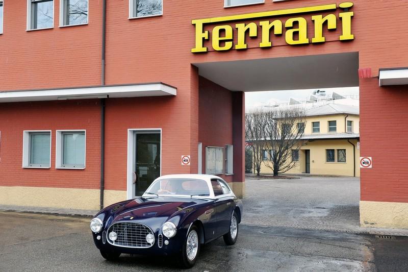 Photo of Alevlerden arta kalan: Ferrari 225E