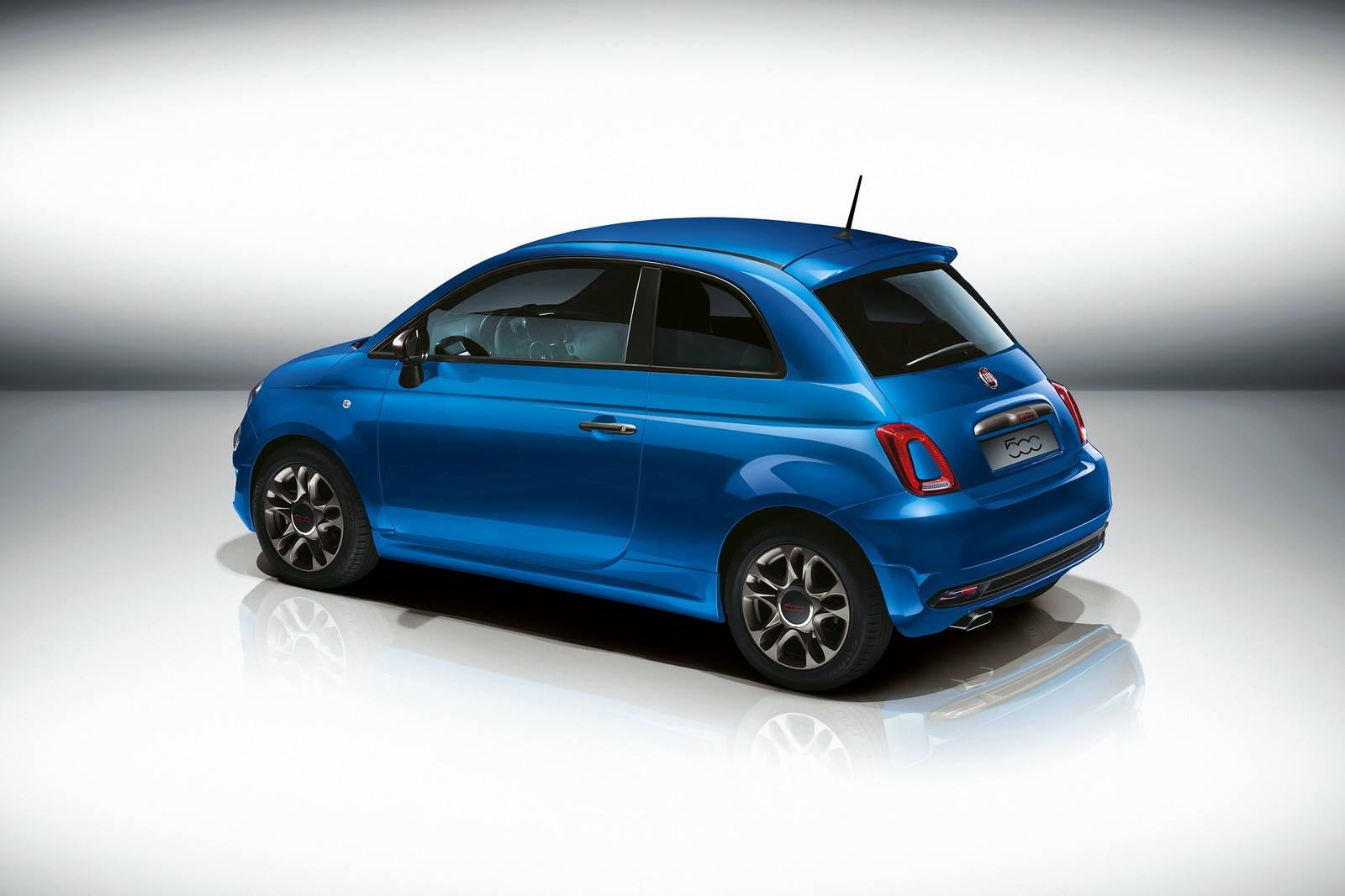 Photo of Fiat 500S Cenevre'de görücüye çıktı