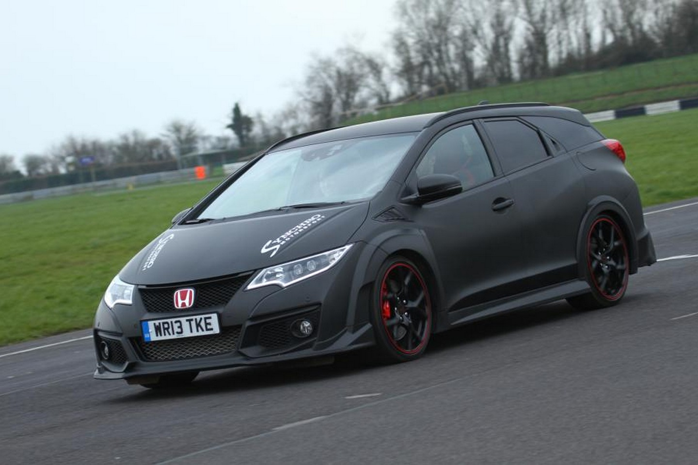 Photo of Honda Civic Tourer Type-R piste çıktı