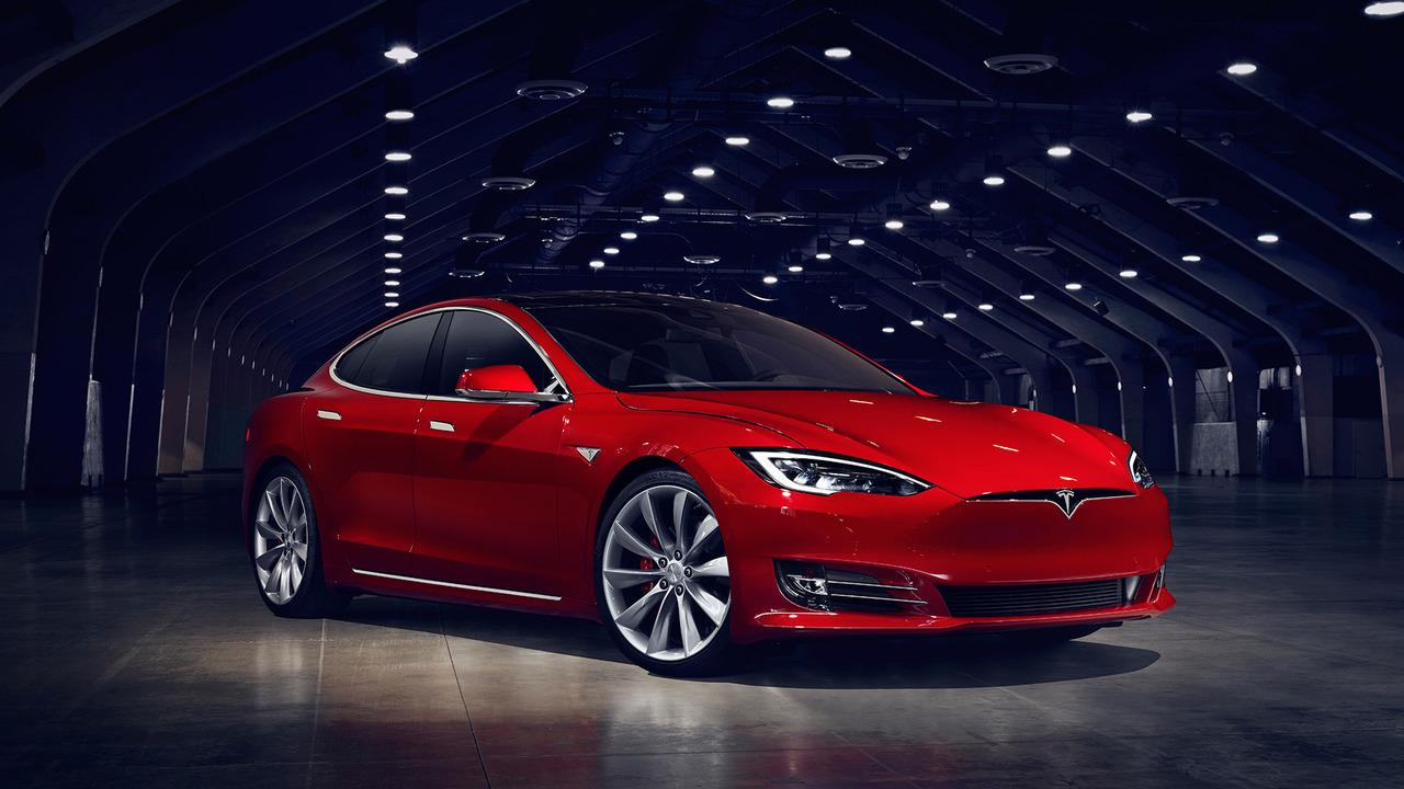 Photo of Makyajlı Tesla Model S tanıtıldı