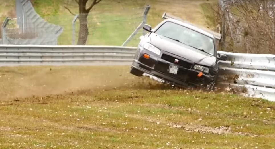 Photo of R34 GT-R Ring'de patladı!