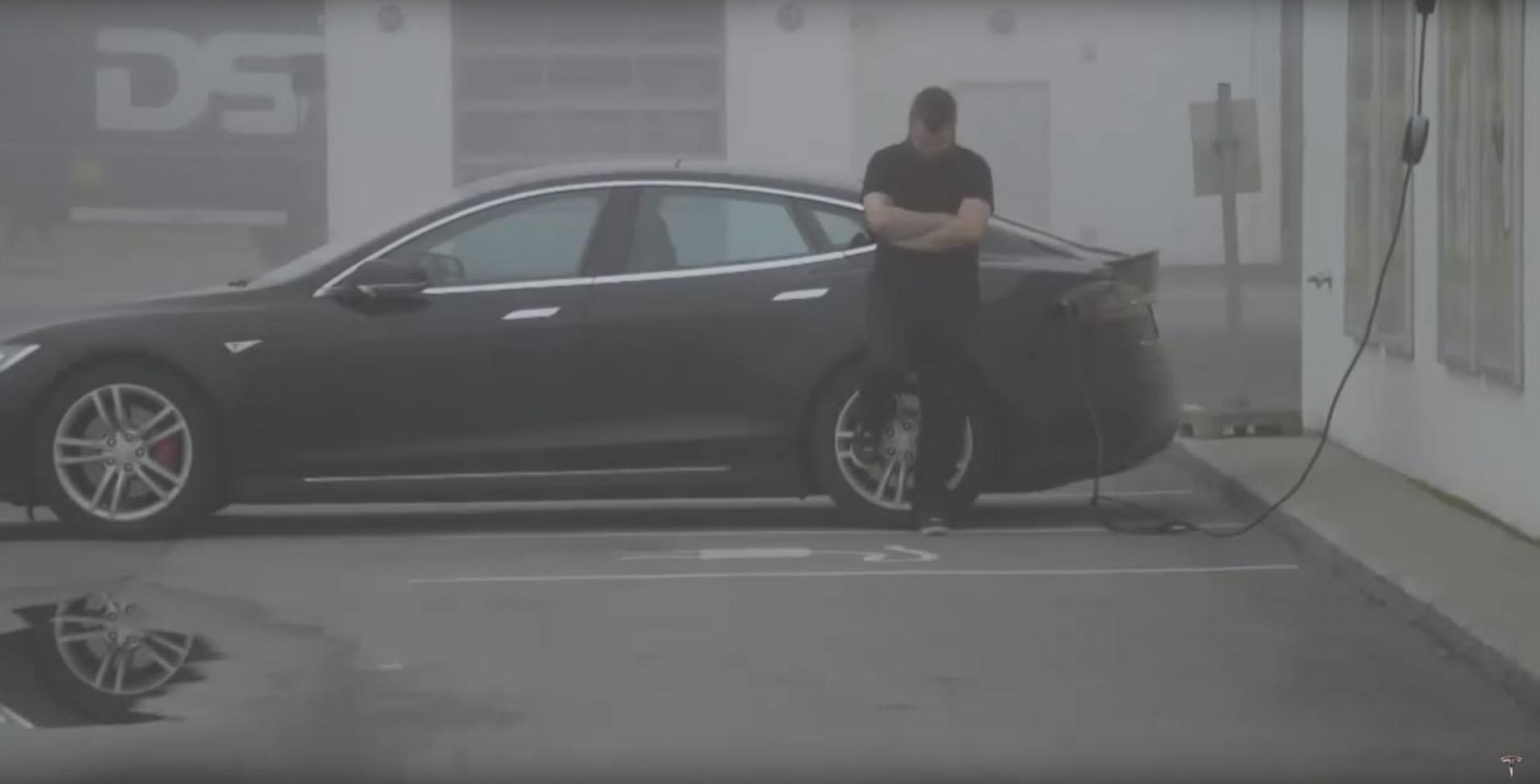 Photo of Tesla sahibinin otomobili ile imtihanı