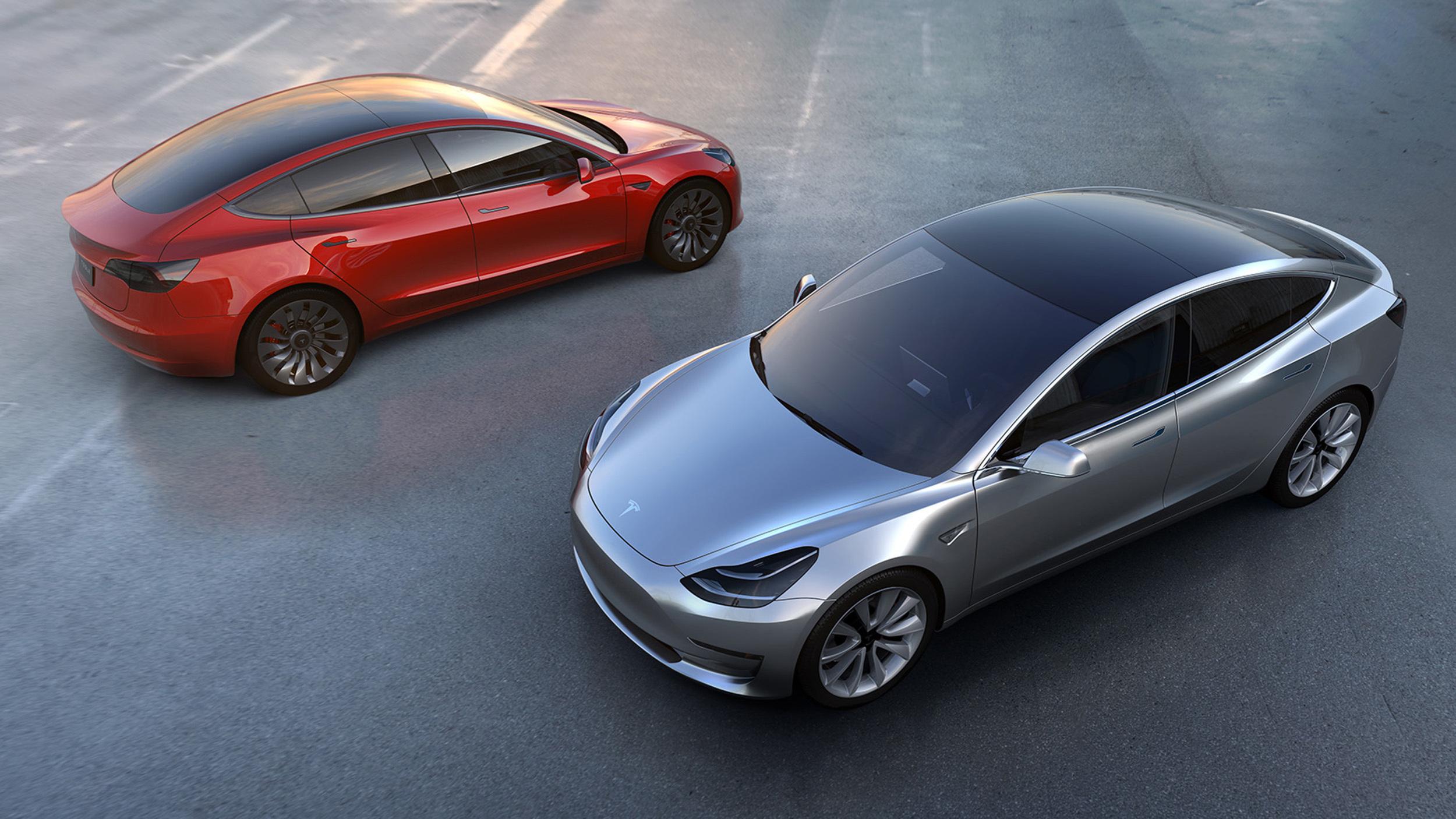 Photo of Tesla, Model 3 Üretimine Başladı!