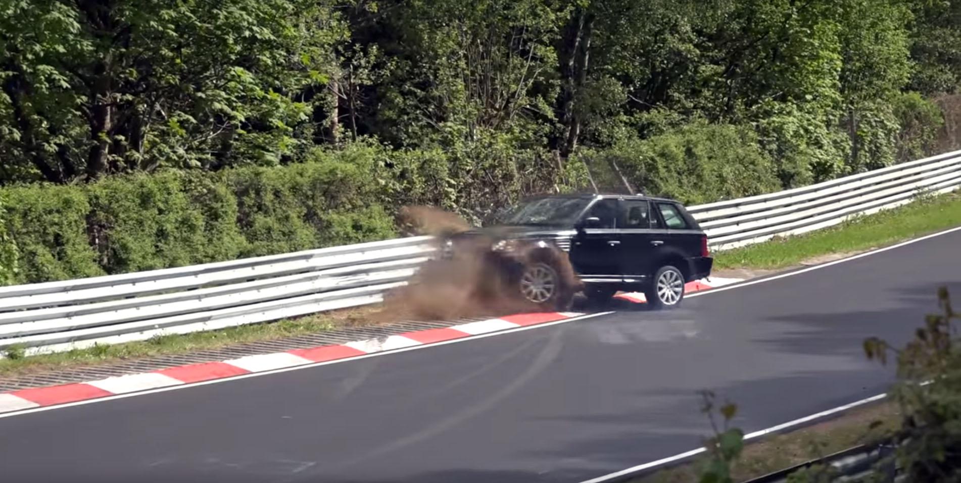 Photo of Nurburgring'de Range Rover Sport'un gereksiz kazası!