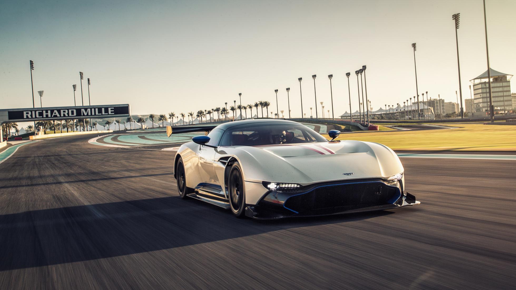 Photo of Aston Martin Vulcan Top Gear'da
