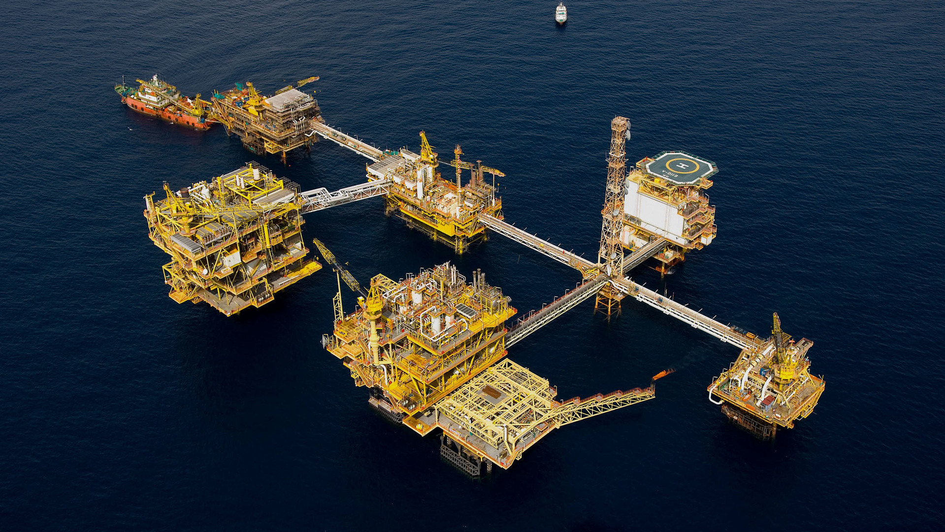 Photo of Yeni petrol kaynaklarında düşüş