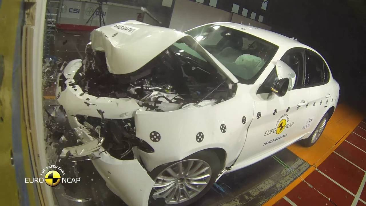 Photo of Alfa Romeo Giulia'ya Euro NCAP'ten tam not!
