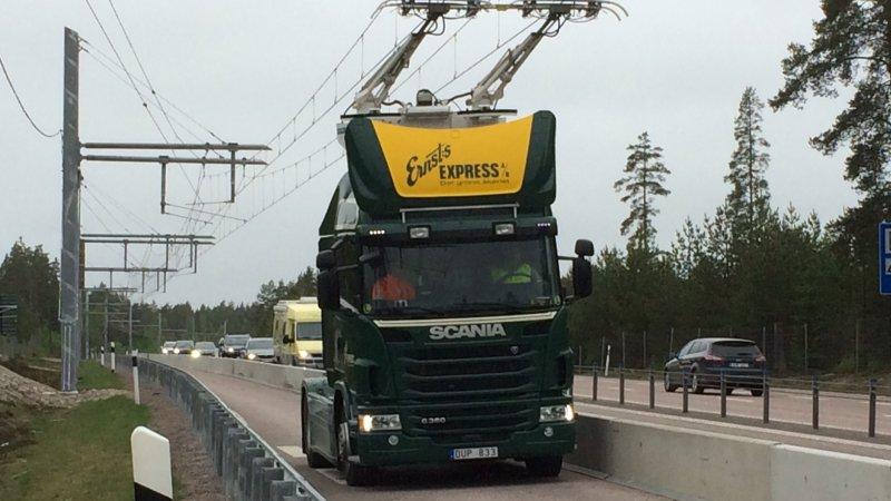 Photo of İsveç elektrikli TIR'ları test ediyor!