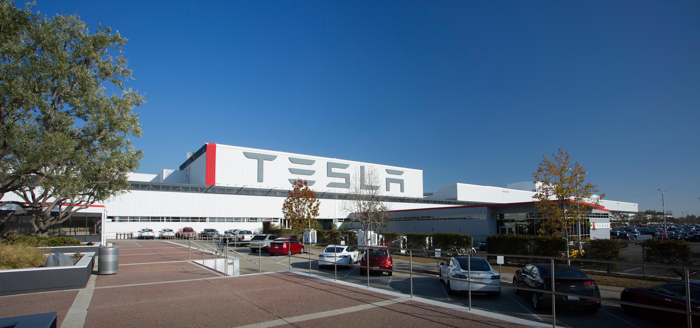Photo of Tesla Çin'de yatırıma gidiyor