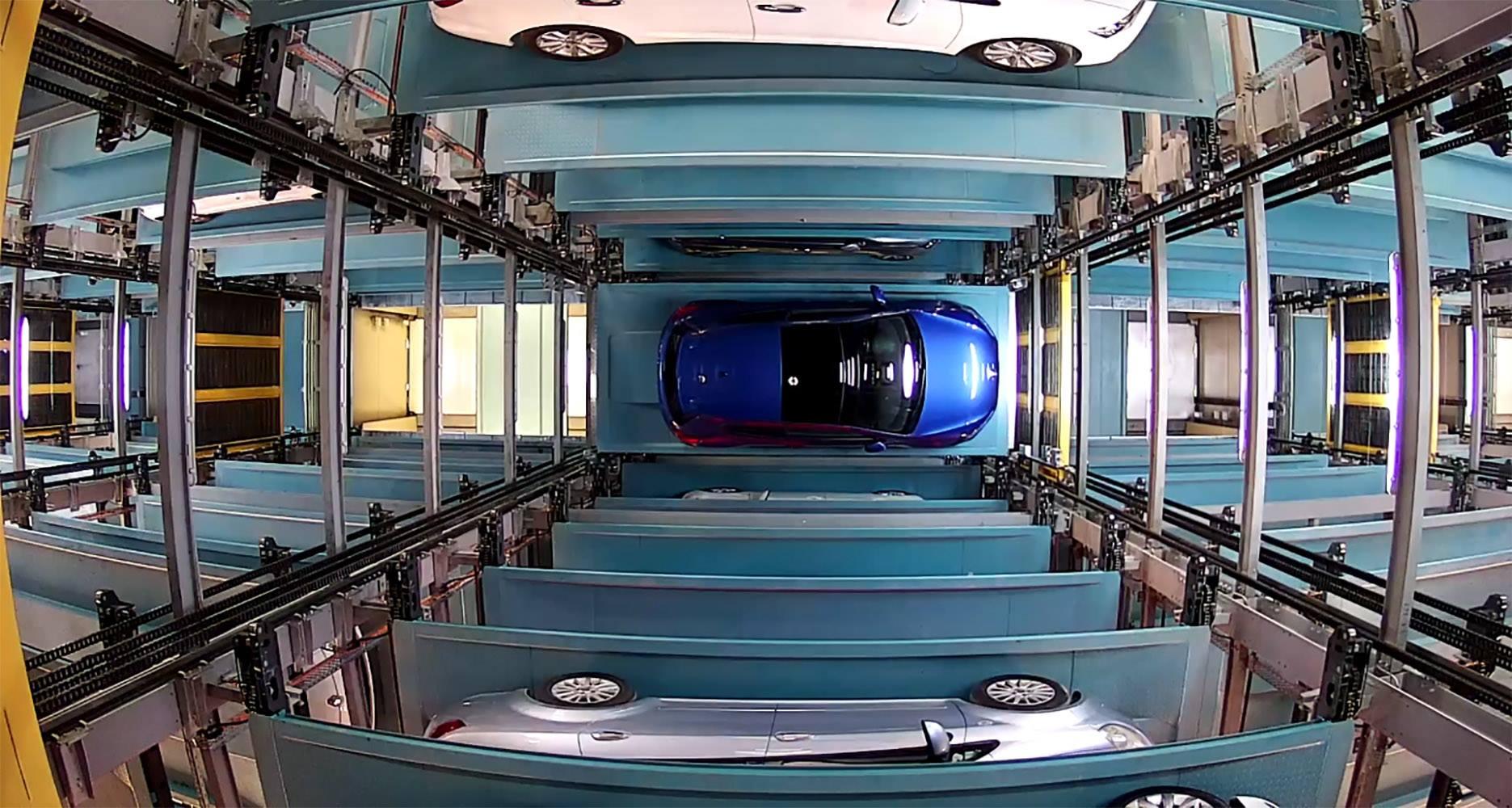 Photo of Türkiye'nin en büyük tam otomatik otoparkı açıldı