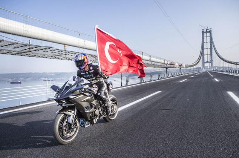 Photo of Kenan Sofuoğlu rekoru kırmayı başardı!