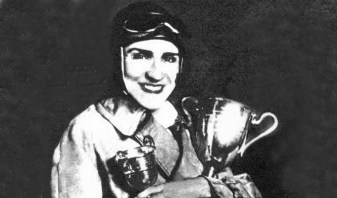 Photo of İlk Türk Kadın Otomobil Yarışçısı: Sâmiye Hanım