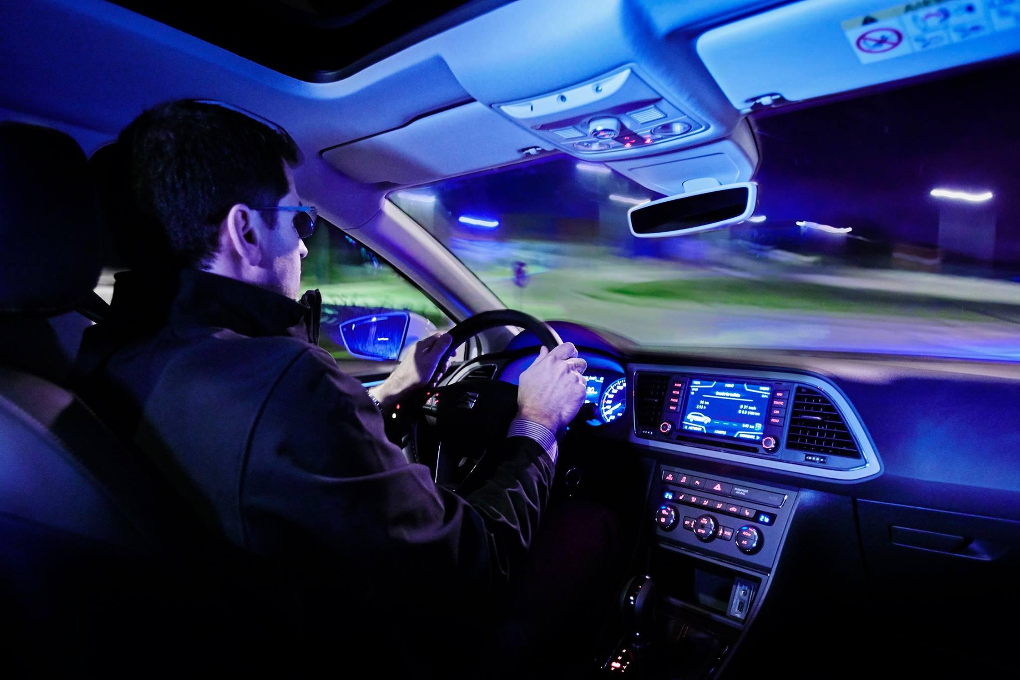 Photo of Güvenli gece yolculuğu için SEAT sürüş uzmanlarından öneriler