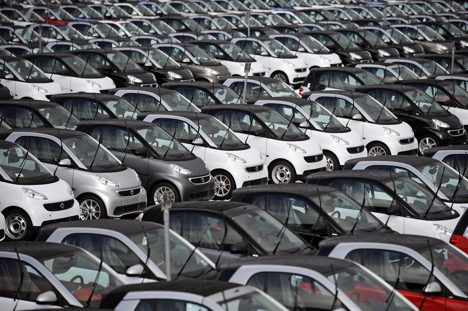 Photo of Otomobil satışları temmuzda yüzde 30 azaldı