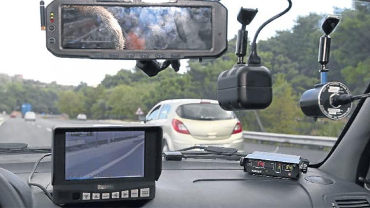 Photo of Bütün otomobillerin sürat göstergeleri hatalı mı?