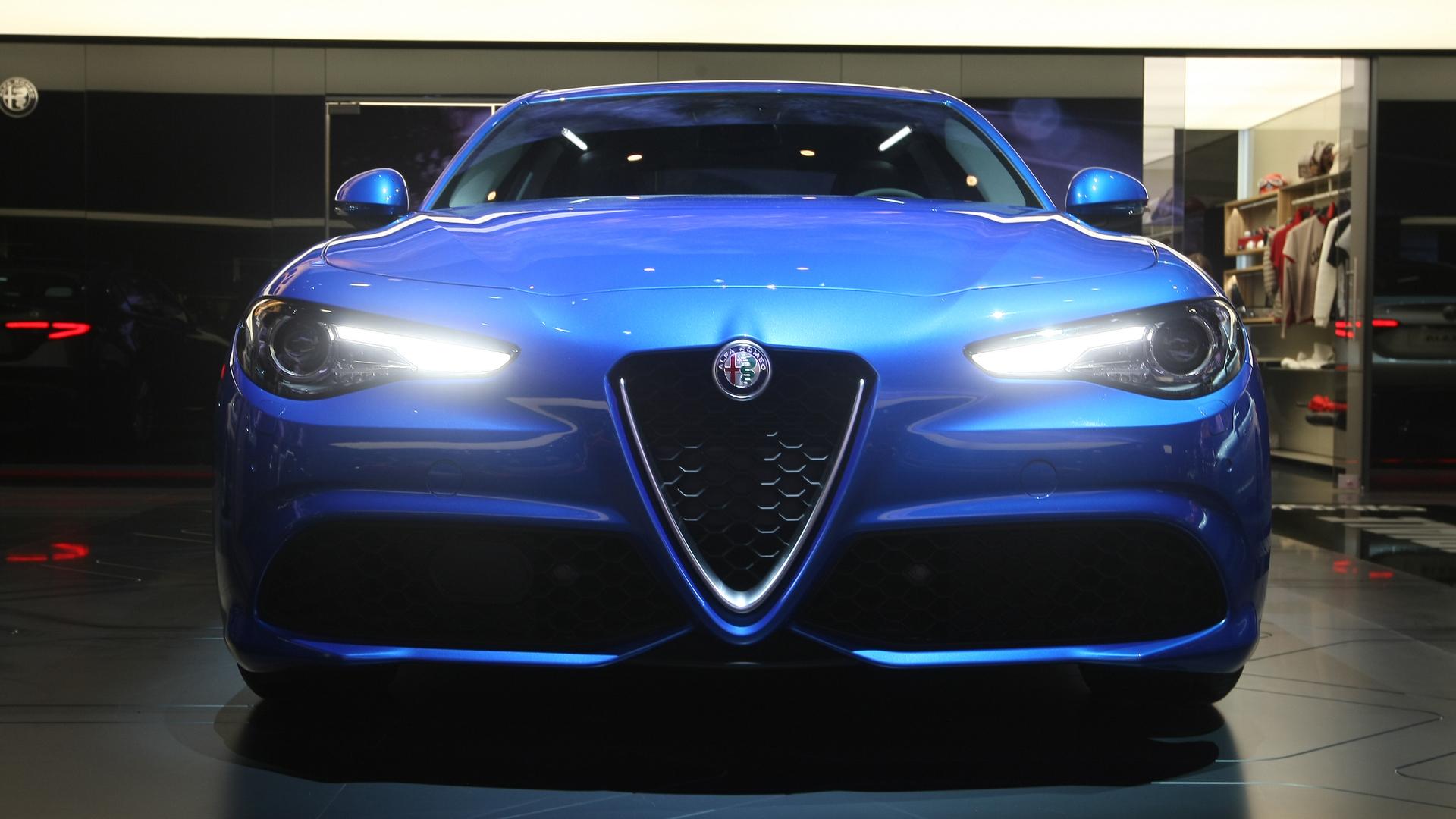 Photo of Alfa Romeo Giulia'nın fiyatı belli oldu