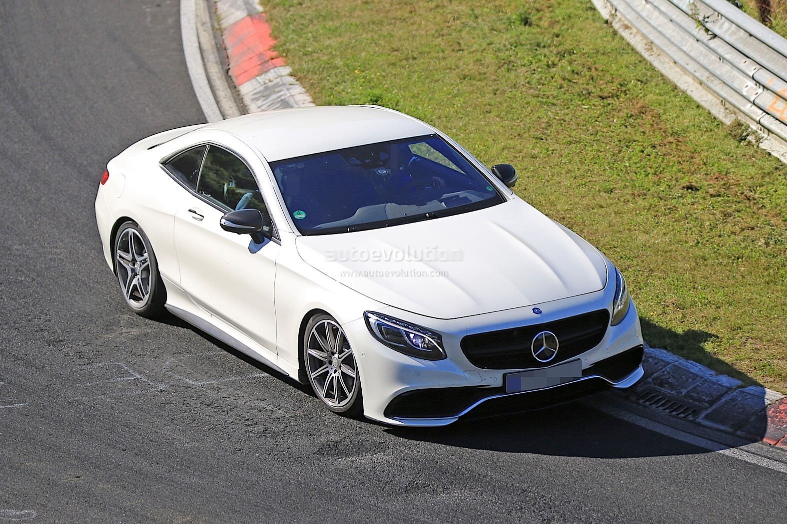 Photo of 2019 Mercedes SL prototipi kendini gösterdi