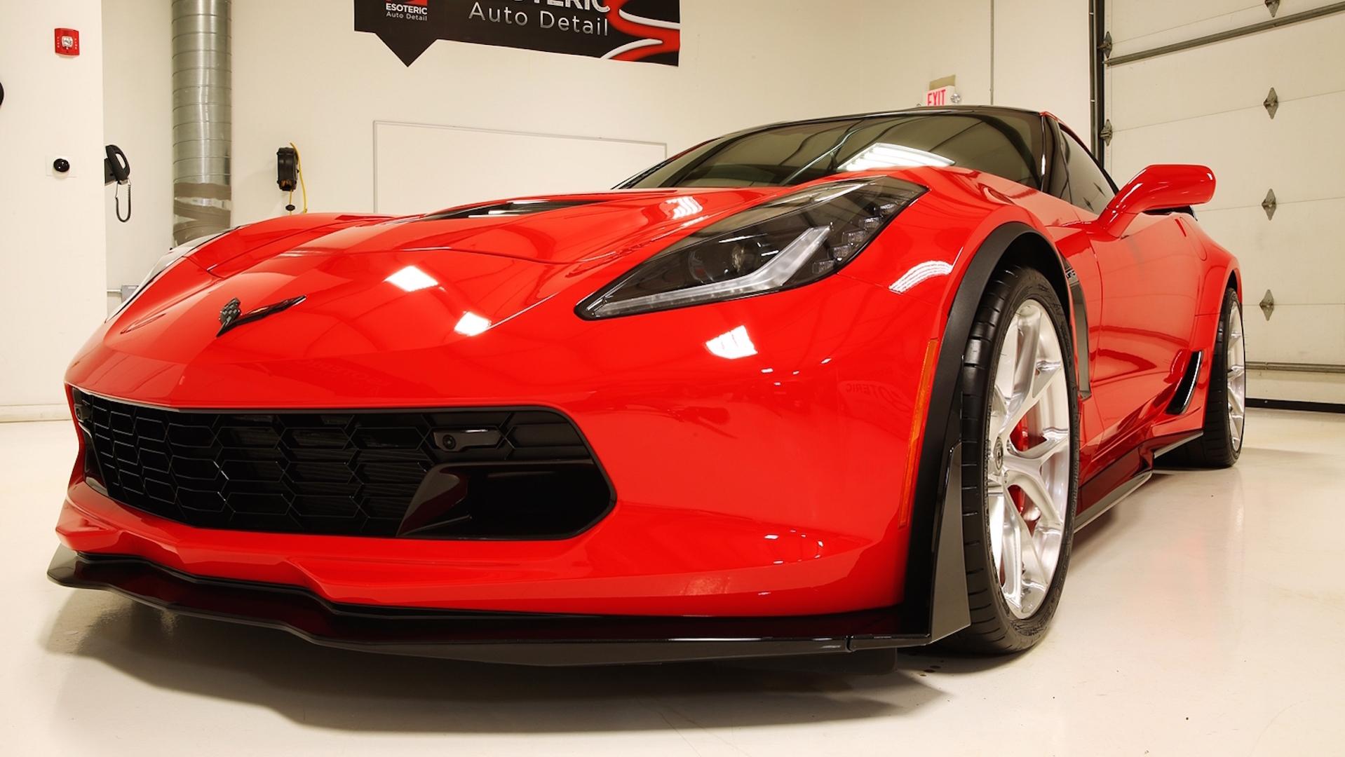 "Photo of Esoteric, Corvette Z06'e ""detailing"" uygulaması yaparsa"