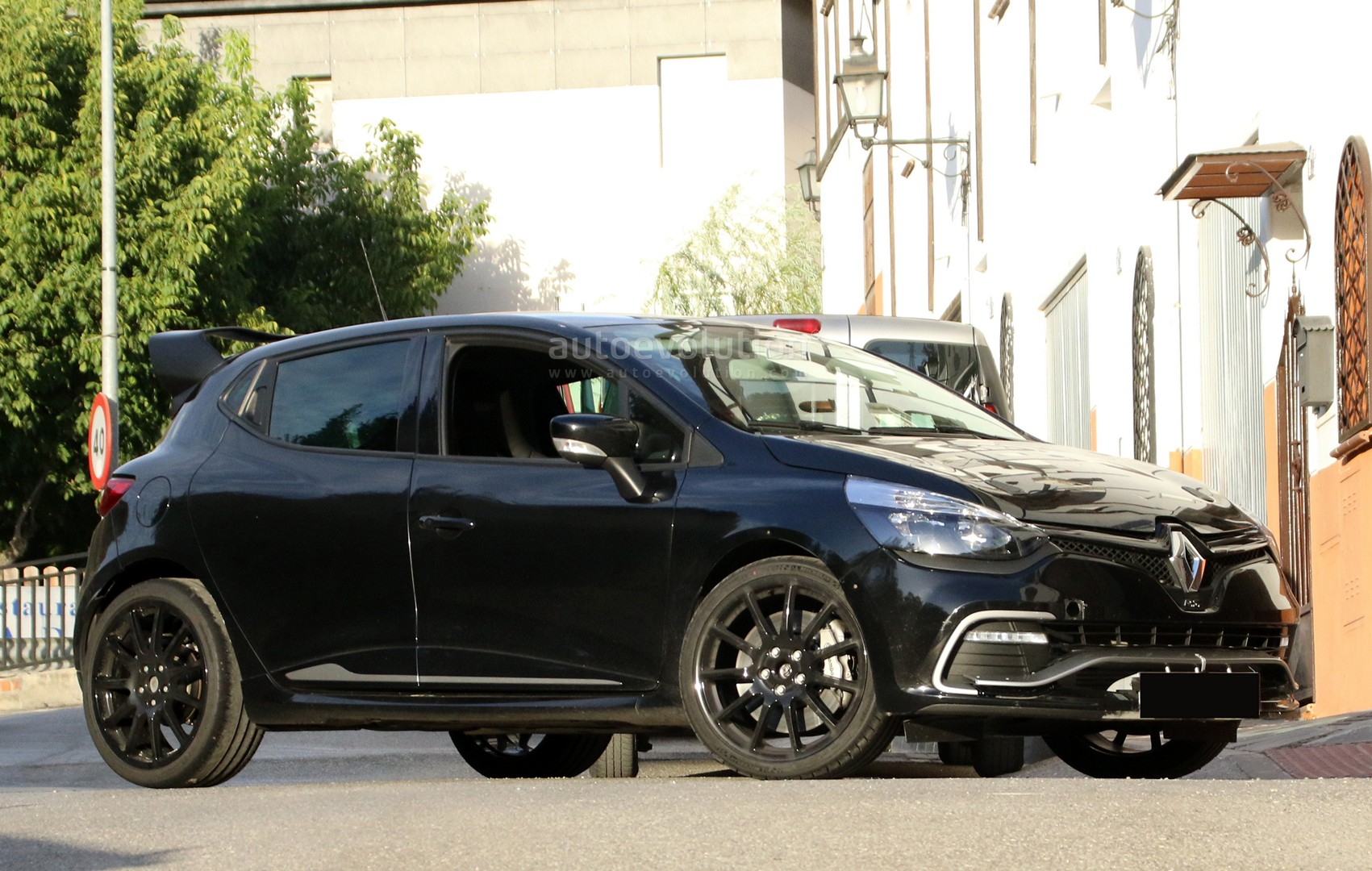 Photo of Clio RS avlanmaya çıkıyor