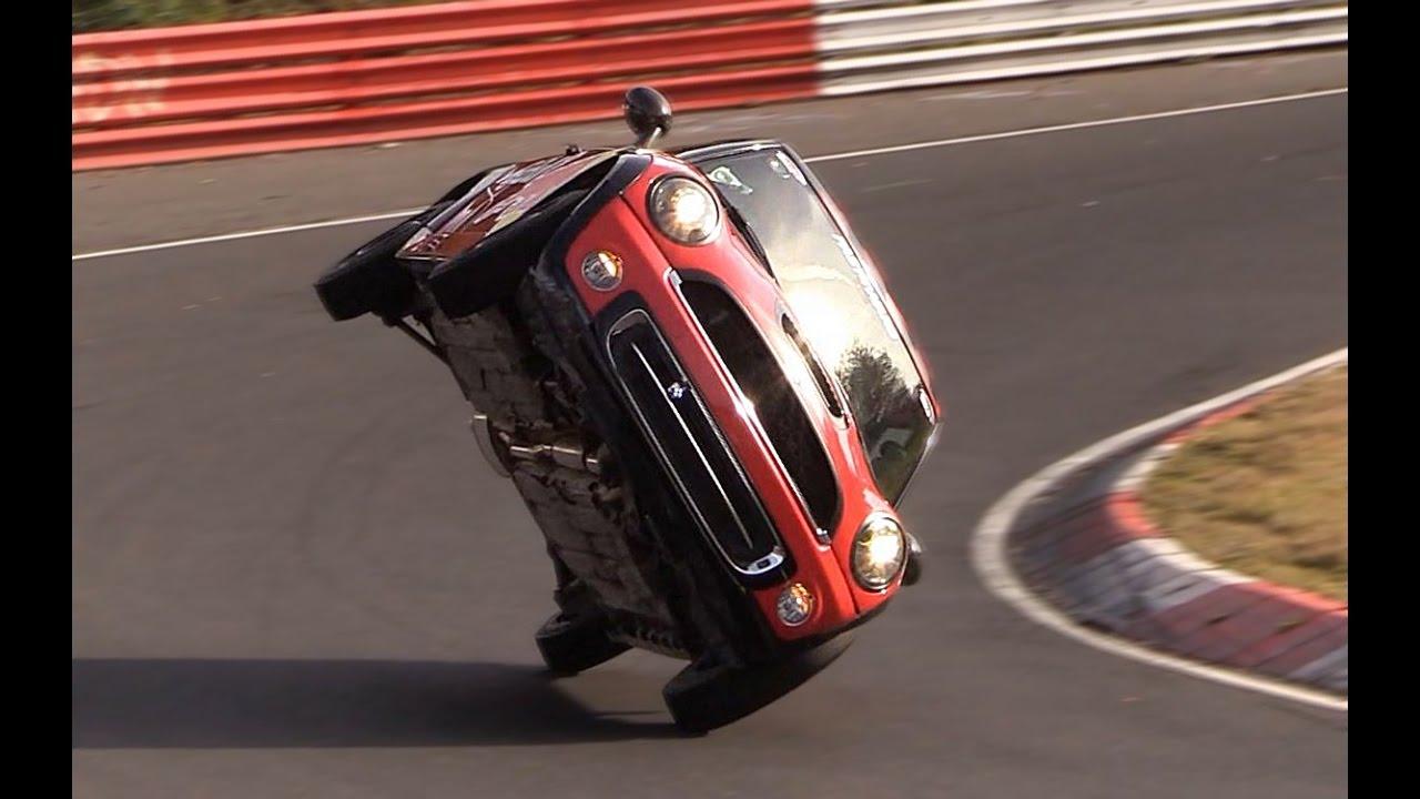 """Photo of Nürburgring'i """"iki teker"""" üzerinde turlamak"""