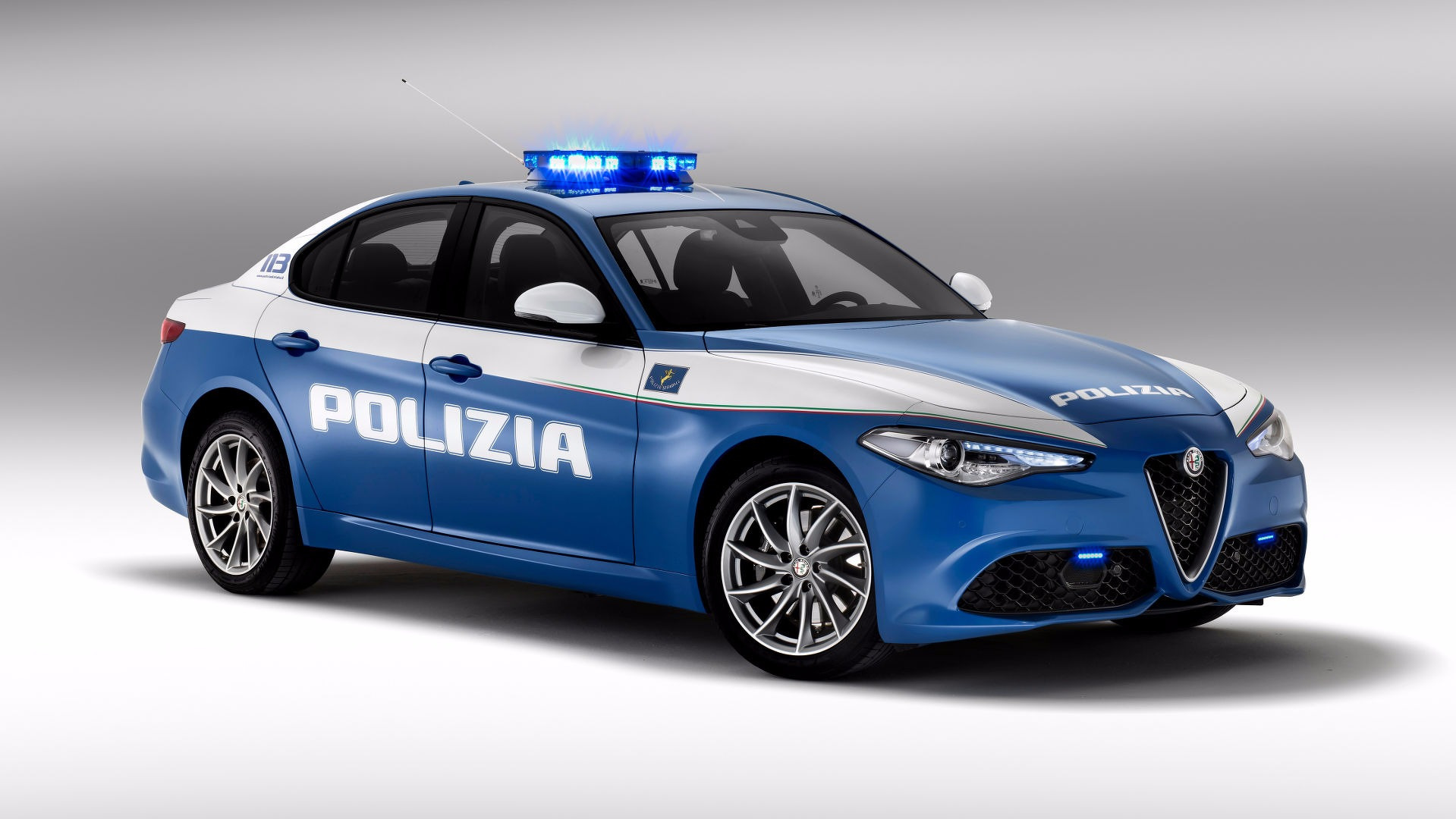 Photo of Alfa Romeo ve Jeep İtalya'da görevde