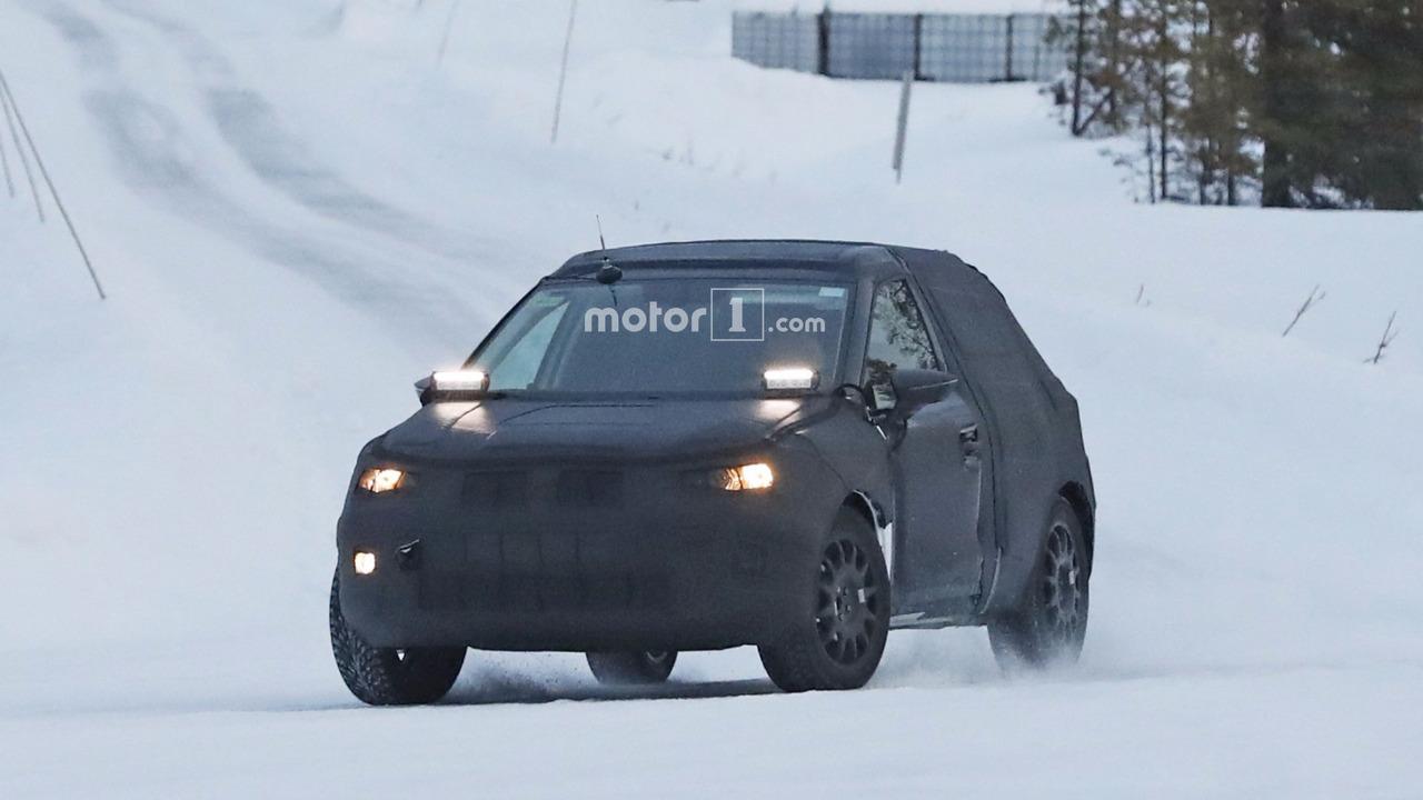 Photo of SEAT Arona karların arasında görüntülendi