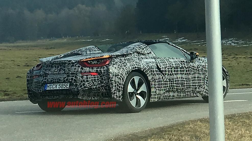 Photo of BMW i8 Spyder yakalandı!