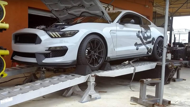 Photo of Ford Mustang GT350'ye süperşarj takılırsa ne olur?