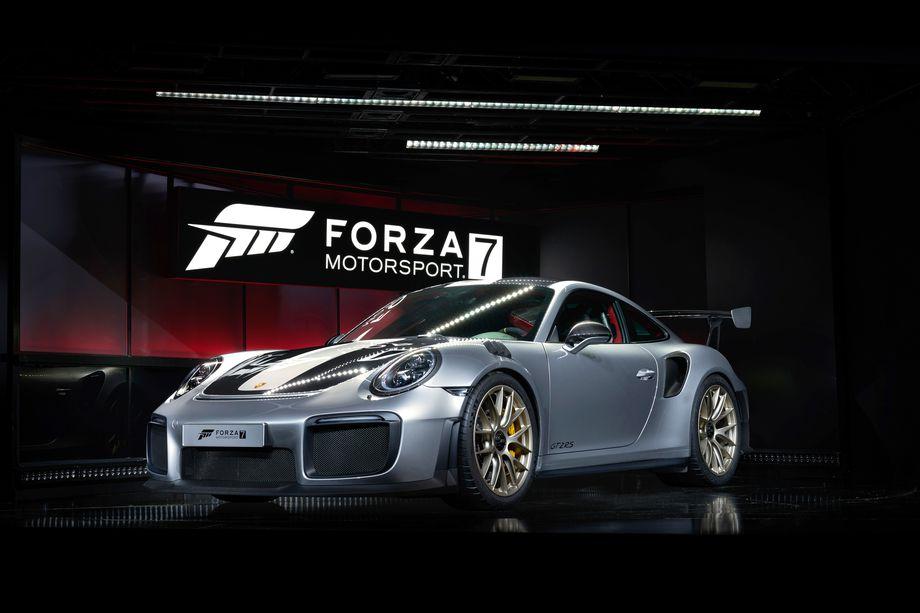 Photo of Porsche GT2 RS 'i Microsoft tanıttı!