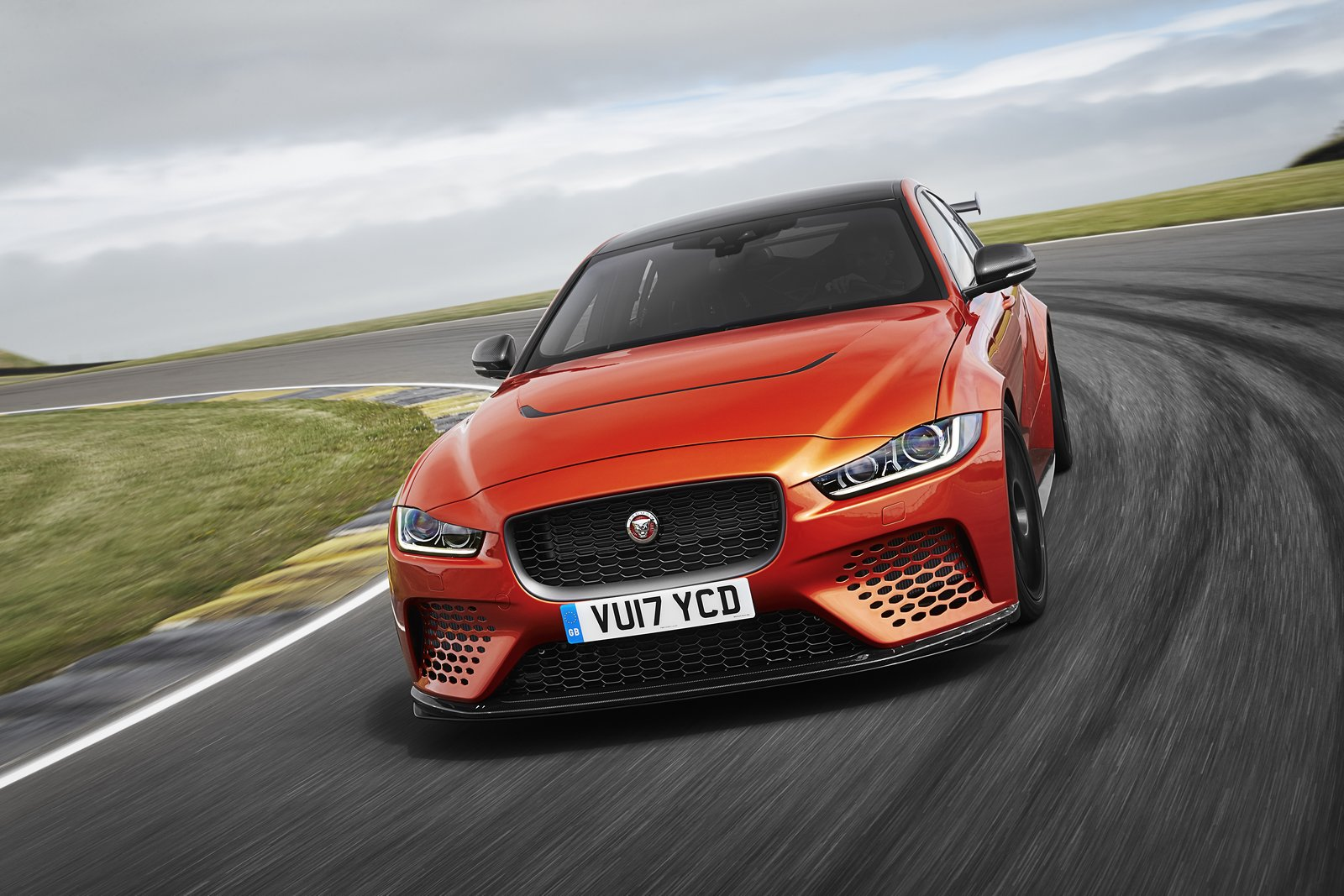 Photo of Jaguar, XE SV Project 8 ile 'Ring rekorunu zorlayacak
