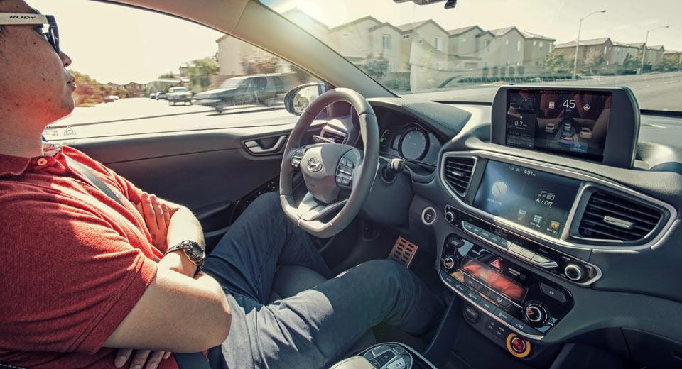 Photo of Otonom araç kullanmak istemeyenler çoğunlukta!