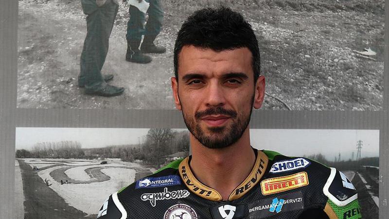 Photo of Kenan Sofuoğlu yaptığı ciddi kaza ile korkuttu!